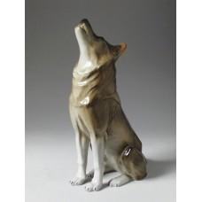 """""""Волк сидящий"""" скульптура"""
